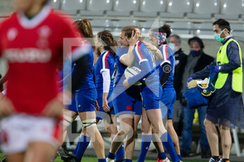 03/04/2021 - Emilie Boulard of France celebrates after his try during the 2021 Women's Six Nations, rugby union match between France and Wales on April 3, 2021 at La Rabine stadium in Vannes, France - Photo Damien Kilani / DK Prod / DPPI - SEI NAZIONI FEMMINILE 2021 - FRANCIA VS GALLES - 6 NAZIONI - RUGBY