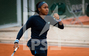 03/10/2020 - Cori Gauff of the United States playing doubles at the Roland Garros 2020, Grand Slam tennis tournament, on October 3, 2020 at Roland Garros stadium in Paris, France - Photo Rob Prange / Spain DPPI / DPPI - ROLAND GARROS 2020, GRAND SLAM TOURNAMENT - INTERNAZIONALI - TENNIS