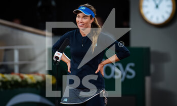 03/10/2020 - Danielle Collins of the United States celebrates after winning against Garbine Muguruza of Spain during the third round at the Roland Garros 2020, Grand Slam tennis tournament, on October 3, 2020 at Roland Garros stadium in Paris, France - Photo Rob Prange / Spain DPPI / DPPI - ROLAND GARROS 2020, GRAND SLAM TOURNAMENT - INTERNAZIONALI - TENNIS