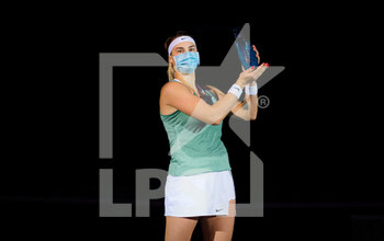 25/10/2020 - Aryna Sabalenka of Belarus with the winners trophy after the final of the 2020 J&T Banka Ostrava Open WTA Premier tennis tournament on October 25, 2020 in Ostrava, Czech Republic - Photo Rob Prange / Spain DPPI / DPPI - FINAL OF THE 2020 J&T BANKA OSTRAVA OPEN WTA PREMIER - INTERNAZIONALI - TENNIS