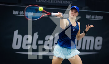07/11/2020 - Katharina Gerlach of Germany in action against Irina Bara of Romania during the first qualifications round at 2020 Upper Austria Ladies Linz WTA International tennis tournament on November 7, 2020 at TipsArena Linz in Linz, Austria - Photo Rob Prange / Spain DPPI / DPPI - 2020 UPPER AUSTRIA LADIES LINZ WTA INTERNATIONAL TOURNAMENT - SATURDAY - INTERNAZIONALI - TENNIS