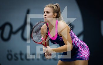 07/11/2020 - Jana Fett of Croatia in action against Mayo Hibi of Japan during the first qualifications round at 2020 Upper Austria Ladies Linz WTA International tennis tournament on November 7, 2020 at TipsArena Linz in Linz, Austria - Photo Rob Prange / Spain DPPI / DPPI - 2020 UPPER AUSTRIA LADIES LINZ WTA INTERNATIONAL TOURNAMENT - SATURDAY - INTERNAZIONALI - TENNIS