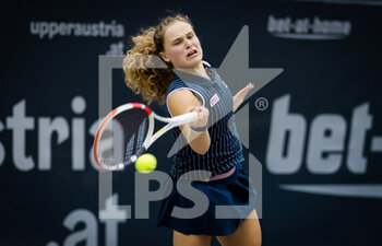 07/11/2020 - Mira Antonitsch of Austria in action against Jacqueline Cristian of Romania during the first qualifications round at 2020 Upper Austria Ladies Linz WTA International tennis tournament on November 7, 2020 at TipsArena Linz in Linz, Austria - Photo Rob Prange / Spain DPPI / DPPI - 2020 UPPER AUSTRIA LADIES LINZ WTA INTERNATIONAL TOURNAMENT - SATURDAY - INTERNAZIONALI - TENNIS