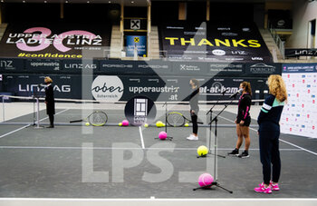 08/11/2020 - Sorana Cirstea of Romania, Katerina Siniakova of the Czech Republic and Julia Grabher of Austria during the draw ceremony at 2020 Upper Austria Ladies Linz WTA International tennis tournament on November 8, 2020 at TipsArena Linz in Linz, Austria - Photo Rob Prange / Spain DPPI / DPPI - 2020 UPPER AUSTRIA LADIES LINZ WTA INTERNATIONAL TOURNAMENT - SUNDAY - INTERNAZIONALI - TENNIS