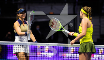15/03/2021 - Paula Badosa of Spain and Jelena Ostapenko of Latvia meet at the net after the first-round of the 2021 St Petersburg Ladies Trophy, WTA 500 tennis tournament on March 15, 2021 at the Sibur Arena in St Petersburg, Russia - Photo Rob Prange / Spain DPPI / DPPI - 2021 ST PETERSBURG LADIES TROPHY, WTA 500 TENNIS TOURNAMENT - INTERNAZIONALI - TENNIS