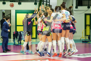 10/04/2021 - exultation players Igor Novara after victory - PLAYOFF SEMIFINALI - SAUGELLA MONZA VS IGOR GORGONZOLA NOVARA - SERIE A1 FEMMINILE - VOLLEY