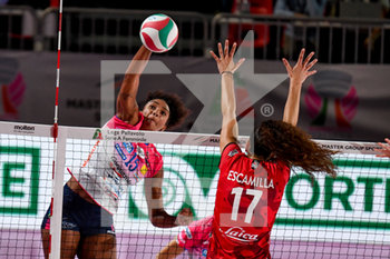05/09/2020 - schiacciata di Haleigh Washington (Novara) - SEMIFINALE - UNET E-WORK BUSTO ARSIZIO VS IGOR GORGONZOLA NOVARA - SUPERCOPPA FEMMINILE - VOLLEY