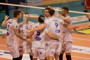 08/12/2019 - esultanza Top Volley Latina - TOP VOLLEY CISTERNA VS TONNO CALLIPO CALABRIA VIBO VALENTIA - SUPERLEGA SERIE A - VOLLEY