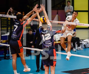 16/02/2020 - Schiacciata di Stephen Boyer (Verona) - VERO VOLLEY MONZA VS CALZEDONIA VERONA - SUPERLEGA SERIE A - VOLLEY
