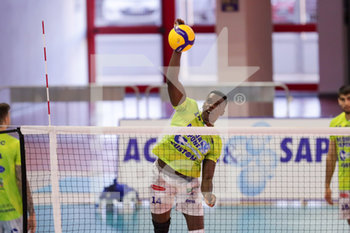 07/03/2020 - Samuel Onwuelo Top Volley Cisterna - TOP VOLLEY LATINA VS CALZEDONIA VERONA - SUPERLEGA SERIE A - VOLLEY