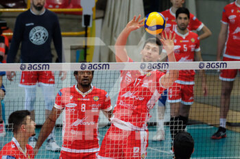 04/04/2021 - Brandon Koppers - Consar Ravenna in palleggio. - PLAYOFF 5O POSTO - NBV VERONA VS CONSAR RAVENNA - SUPERLEGA SERIE A - VOLLEY