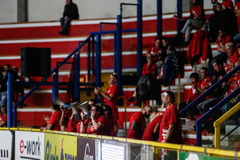 07/02/2019 - tifosi - UNET E WORK BUSTO ARSIZIO VS MULHOUSE - CEV CUP WOMEN - VOLLEY