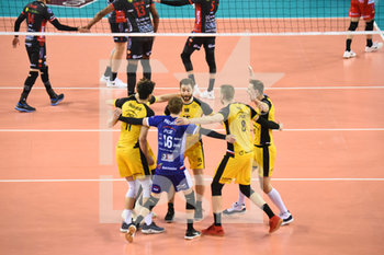 10/04/2019 - Esultanza Pge Skra Belchatow - CUCINE LUBE CIVITANOVA (ITA) VS PGE SKRA BELCHATOW (POL) - CHAMPIONS LEAGUE MEN - VOLLEY
