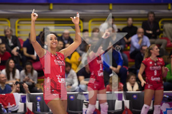 01/02/2020 - Haleigh Washington (UYBA Unet E-Work Busto Arsizio) - SEMIFINALI - UNET E-WORK BUSTO ARSIZIO VS SAUGELLA MONZA - COPPA ITALIA FEMMINILE - VOLLEY